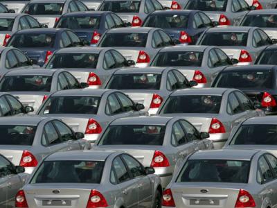 Названы самые популярные автомобильные марки августа