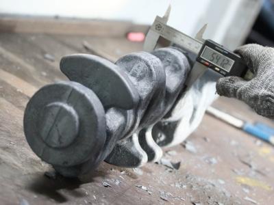«КАМАЗ» будет выпускать детали для легковых иномарок