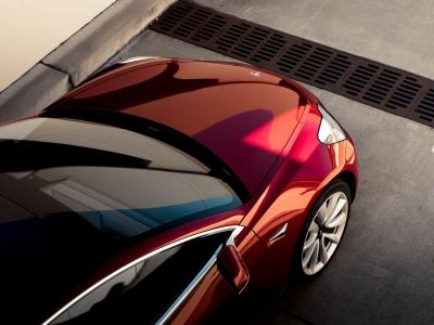 Думцы не смогли разобраться в лошадиных силах Tesla