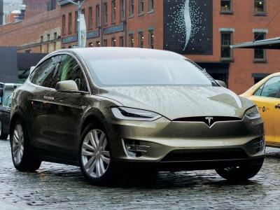 Benz несмог качественно разобрать исобрать Tesla