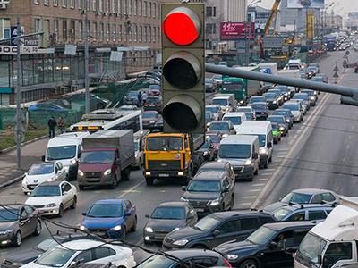 Надо убрать 500 тысяч машин: Ликсутов нашел способ побороть московские пробки