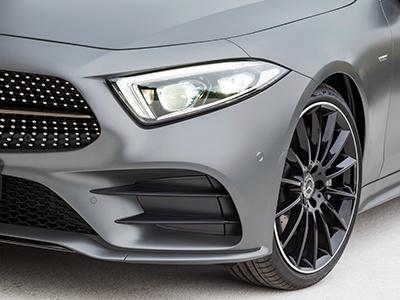 Benz работает над новыми товарными знаками для авто