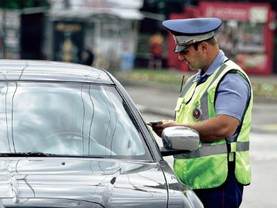 Названы марки авто, собственникам которых чаще приходят штрафы