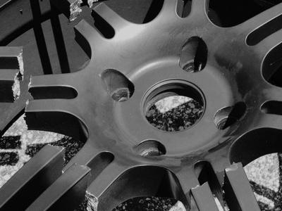 Названы 6 торговых марок безопасных колесных дисков