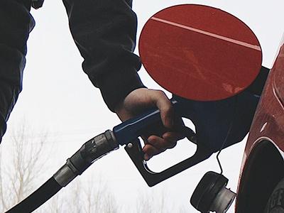 Цены на топливо устремились к новым рекордам