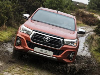 Toyota привезла юбилейную версию пикапа Hilux