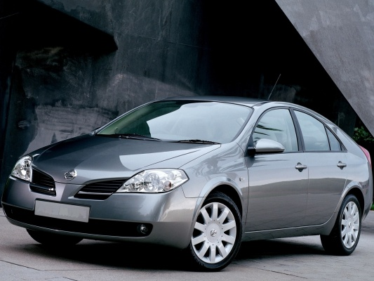 Nissan Primera хэтчбек