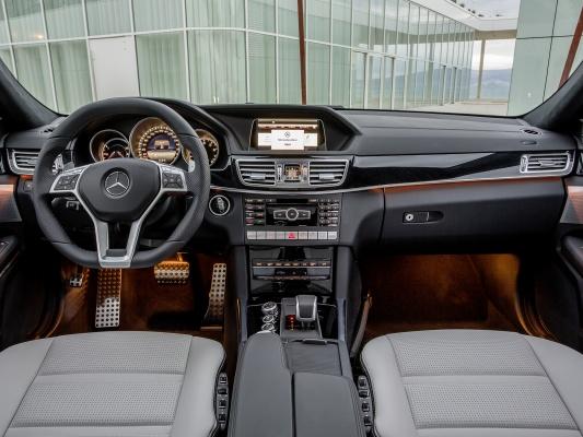 Мерседес Бенц Е-Класс AMG Седан - технические характеристики: КПП ...