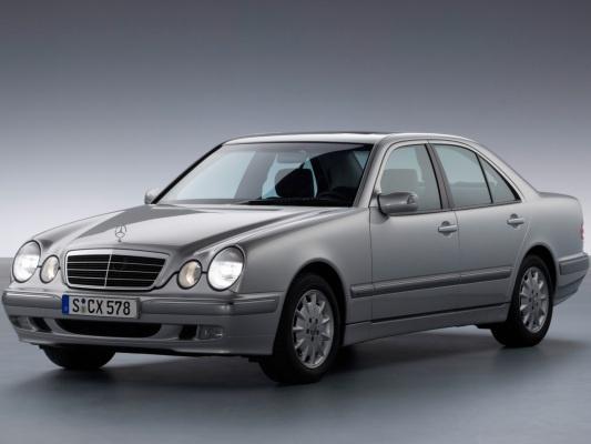 Mercedes-Benz E-Класс седан