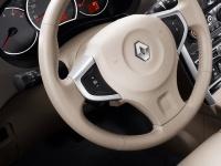 Круиз-контроль с управлением на рулевом колесе