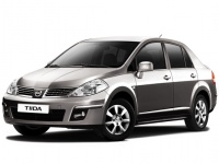 Nissan Tiida седан
