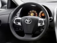 Кожаное рулевое колесо и рукоятка переключения передач