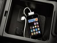 Дополнительный аудиовход и разъем USB