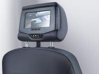Развлекательная DVD-система для пассажиров на задних сиденьях