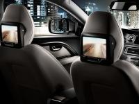 Развлекательная система для пассажиров задних сидений (RSE) с двумя экранами