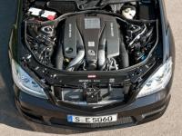 5,5-литровый битурбированный двигатель AMG V8