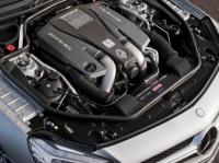 5,5-литровый битурбо-двигатель V 8 AMG