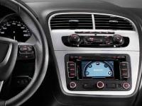 Мультимедийная система SEAT с сенсорным экраном и интерфейсом Bluetooth®