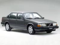 Volvo 940 седан