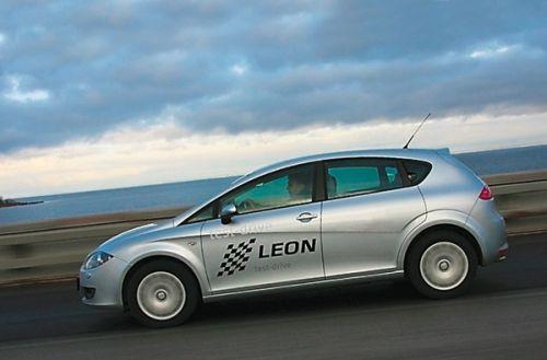 SEAT Leon. Фото Игоря Кузнецова, 5 колесо.