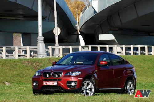 BMW X6. Фото Романа Мартынова с сайта autoweek.ru.