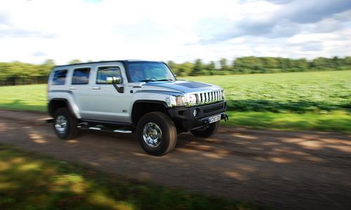 Hummer H3. Фото с сайта autonews.ru.