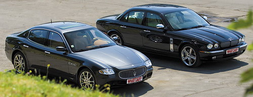 Maserati Quattroporte и Jaguar XJR Portfolio. Фото с сайта whatcar.ru.