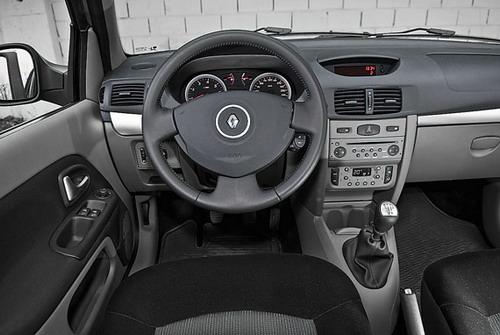 Renault Symbol. Фото с сайта whatcar.ru