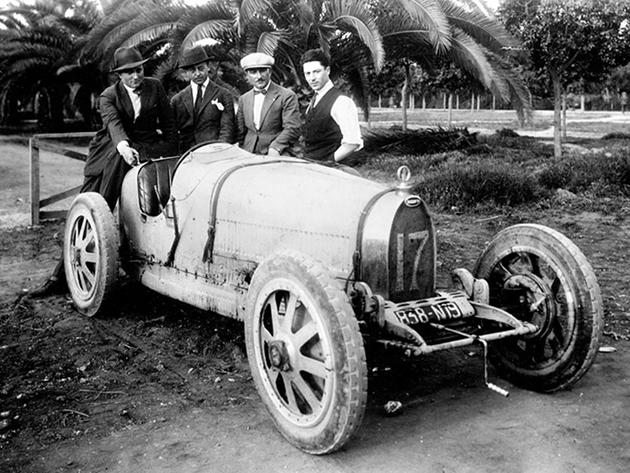 Модель Type 35 стала феноменально успешной, выиграв более 1000 гонок за время своей спортивной карьеры