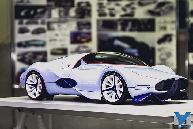 Юбилей первой в России кафедры автомобильного дизайна Университета   наброски проекты авто которые создавали выпускники за годы существования кафедры для дипломных работ были представлены в этот день на выставке