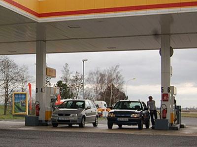 Нефтяные компании откажутся от прибыли ради автовладельцев