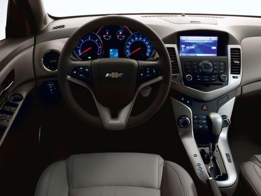 Chevrolet Cruze седан J300 Седан модификации и цены