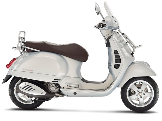 Vespa GTS Touring 300 ie ABS