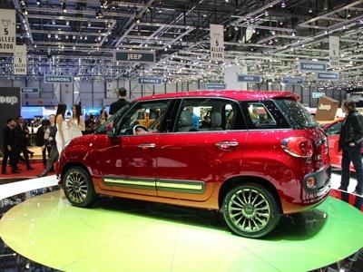 Семейство Fiat 500 через год пополнится кроссовером